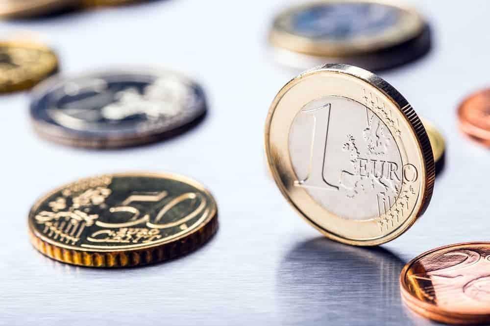 Der erste Farbedelsteinfonds: Eine Alternative zu Gold?