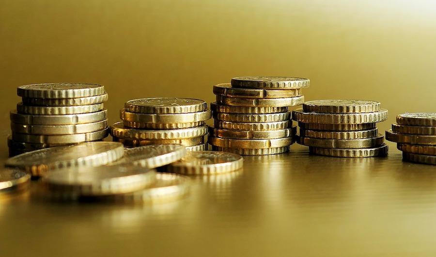 Der Ruf des Goldes: Banken stocken Vorräte auf